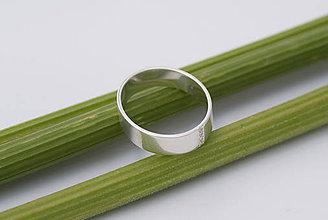 Prstene - Zásnubný prsteň / obrúčka obdĺžniková - široká, skosená - 8262959_