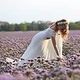 Šaty - Svadobné šaty s elastickým živôtikom a kruhovou tylovou sukňou - 8263747_