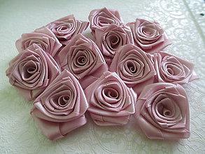 Dekorácie - saténové ružičky staroružové - 8268725_