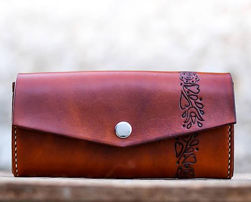 Priestranná kožená peňaženka - FOLK