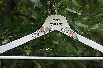Nábytok - Svadobné vešiaky - záhrada - 8271229_