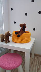 Košíky - Háčkovaný košík - žltý - 8270772_