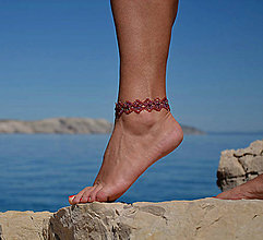 Náramky - Náramok na nohu, červený, kvietkovaný - 8271382_