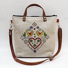 Kabelky - Ľudová kabelka farebná so srdcom a vtáčikmi - 8273567_