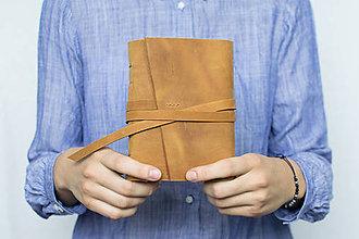 Papiernictvo - Ručne viazaný kožený zápisník Hugo / čisté strany - 8272514_