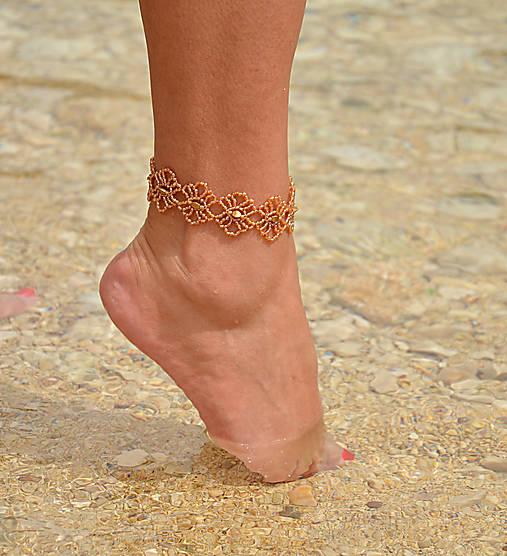 b65d3714f Náramok na nohu zlatý, kvietkovaný / charoit - SAShE.sk - Handmade ...