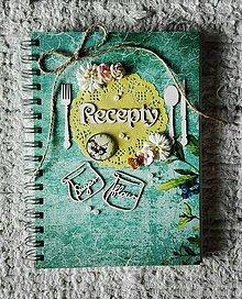 Papiernictvo - Zelený originálny receptár do krásnej kuchyne - 8277983_