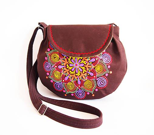 Malá hnedá kabelka s pestrou mandalou   DARTASKA - SAShE.sk ... 14d58389ca3