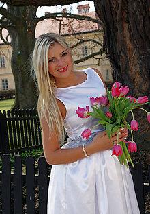 Šaty - Svadobné šaty s kvetmi - 8281462_