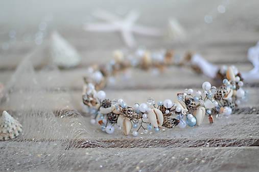 mušličková koruna s perlami