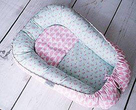 Textil - Hniezdo pre bábätko ružovo-mentolové s veľrybami - 8284355_