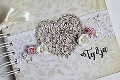 Papiernictvo - Kniha hostí - srdce II - 8284415_