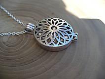 - náhrdelník otvárací medailón - 8287972_