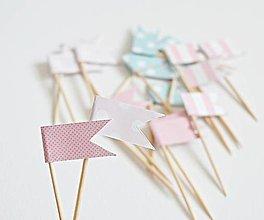 Dekorácie - Bodkované vlajočky mix/Candy bar - 8288959_