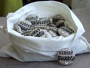 Pierka - Svadobný odznak - pierko Vzorný svadobčan mini 3cm - 8295137_