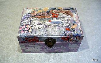 Krabičky - drevená šperkovnica V záhrade - 8296450_