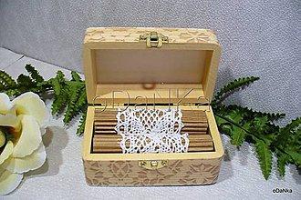 Prstene - drevená krabička na svadobné obrúčky II. - 8297687_
