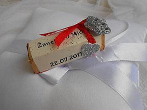 Darčeky pre svadobčanov - Svadobná čokoládka pre hostí s korunkou - 8297636_