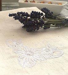 Úžitkový textil - Utierka s výšivkou z ručne tkaného ľanu - 8297518_