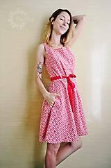 Šaty - Červené kvietkované šaty - 8299088_
