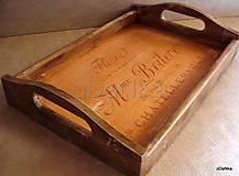 drevená tácka Fleura