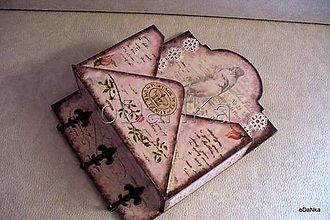 Pomôcky - drevený zakladač na poštu Vintage - 8301745_