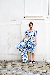 Šaty - Pompézne bavlnené šaty s modrými kvetmi- zľava - 8301485_