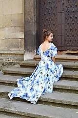 Šaty - Pompézne bavlnené šaty s modrými kvetmi- zľava - 8301486_