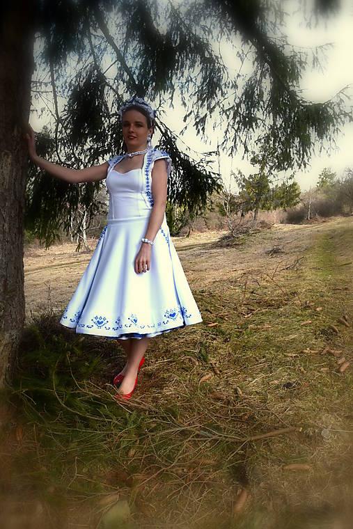 Svadobné šaty SNEHULIENKA
