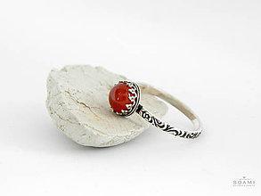 Prstene - CERTIFIKÁT 925/1000 Strieborný prsteň s prírodným červeným karneolom - 8304590_