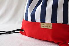 - Vak uťahovací - červený s bielo modrými pruhmi - 8304177_