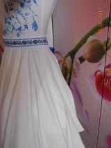 Šaty - FLORAL FOLK - bambusové šaty ľudové maľované s kruhovou sukňou a vačkami - 8306849_