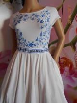Šaty - FLORAL FOLK - bambusové šaty ľudové maľované s kruhovou sukňou a vačkami - 8306874_