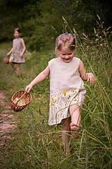 Detské oblečenie - Šaty pre Vílu Amálku ;) - 8306027_