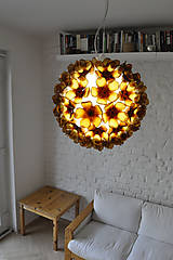 Svietidlá a sviečky - Závesná lampa z recyklovaných PET fliaš - 8308556_