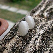 Náušnice - Ováliky - živicové napichovačky (Biele perleťové  č.1004) - 8307842_