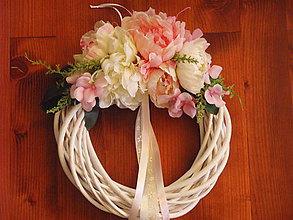 Dekorácie - Ružovo - ivory biely veniec 36cm - 8308813_