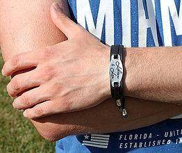 Šperky - Kožený náramok s textom na želanie BONO - 8310383_