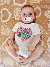 Detské oblečenie - Detské body srdce farebné folk kvety 02 - 8312790_