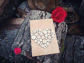 Papiernictvo - Zápisník so srdiečkom z drevených koliesok - 8312703_