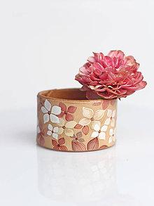 Náramky - Elegantný, ručne maľovaný kožený náramok Hortenzia - 8316434_