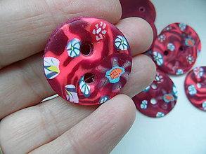Materiál ručne robený - červené gombíky - 8318326_