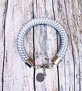 Náramky - Náramok silver-grey s karabínkou - 8317561_