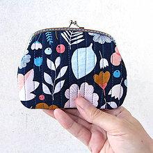 Peňaženky - Peňaženka XL Zmes kvetov na modrej - 8318558_