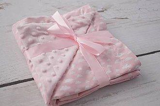 Textil - Minky pink deka s ružovými obláčikmi 70*70cm - 8318805_