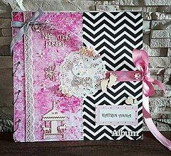 Papiernictvo - Ružový, čiernobiely fotoalbum pre malé dievčatko - 8321000_