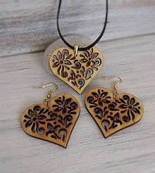 Sady šperkov - Náušnice + prívesok