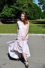 Šaty - Dlhé bavlnené šaty s volánom - 8321055_