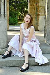 Šaty - Dlhé bavlnené šaty s volánom - 8321060_
