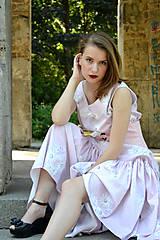 Šaty - Dlhé bavlnené šaty s volánom - 8321061_